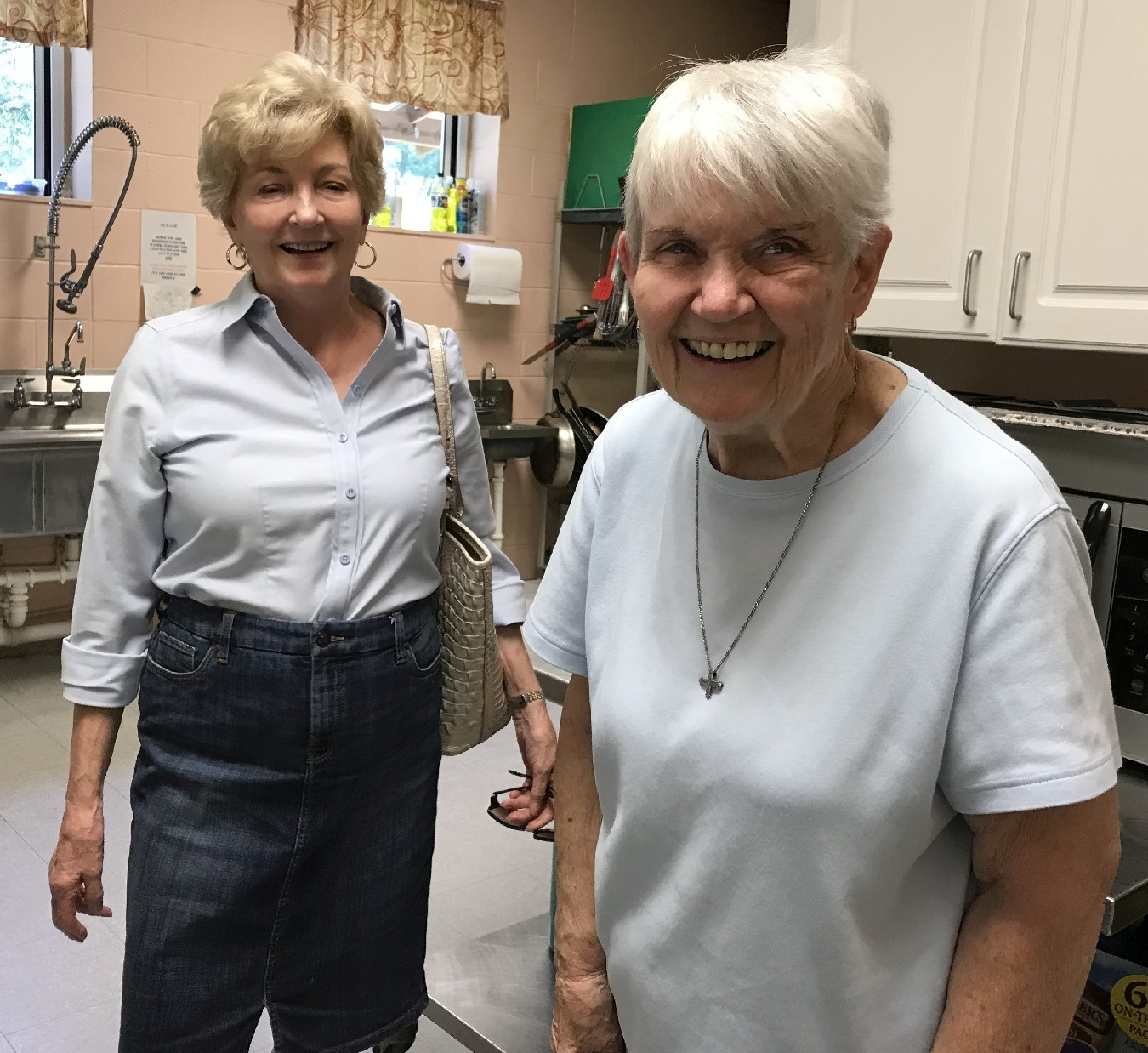 First Responders Lynn Johnson and CarolPozsik helping in the kitchen 3577